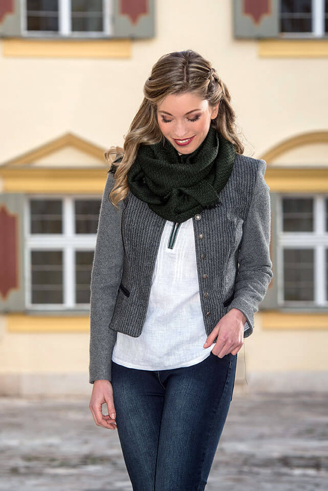 Trachtenstrickjacken für Damen online kaufen   Finest Trachten  